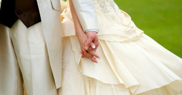 結婚式直前でも間に合う!制作期間別プロフィールムービーまとめ