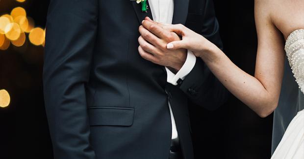 結婚式に使いたいクリス・ハートの美しいカバー曲まとめ!感動的なムードを演出してくれるおすすめBGM