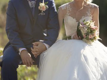 結婚式で明るい曲を使いたいカップルにおすすめの楽曲リスト